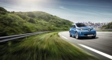 Renault ZOE, con un'autonomia di 400 Km (NEDC) è leader del mercato