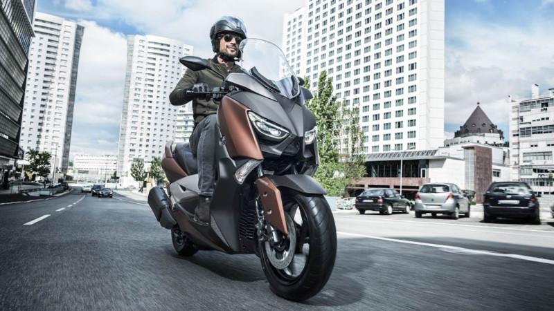 Yamaha svela il nuovo X-MAX 300, da Aprile 2017 presso i Dealer della Casa