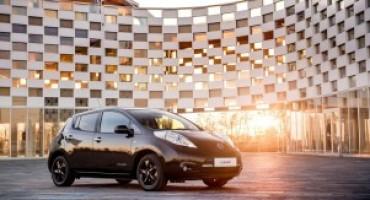 Nissan presenta la nuova Leaf Black Edition
