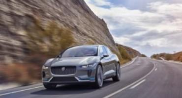 Jaguar si avvicina all'elettrico con la concept I-Pace