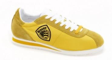 Da Blauer una nuova combinazione di colori per sneakers e caschi