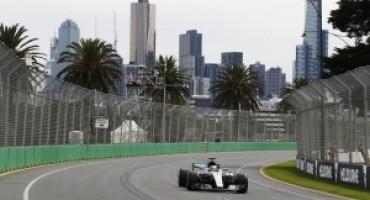 Formula 1 – Pirelli: Lewis Hamilton il più veloce al termine delle libere a Melbourne