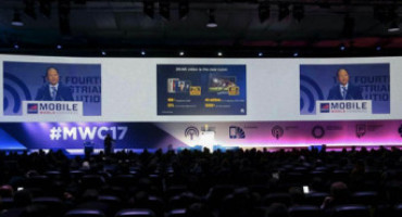 Mobile World Congress 2017: Huawei e Vodafone presentano la Connected Car Experience del futuro