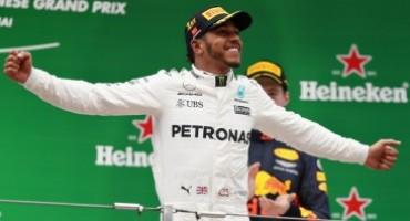 Formula 1 – GP Cina : Shangai nel segno di Lewis Hamilton, che vince davanti a Vettel e Verstappen