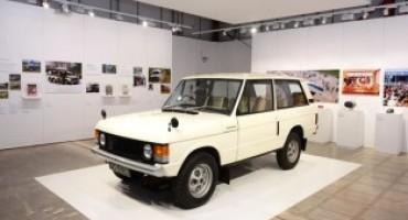 Range Rover celebra i 50 anni di Velar con un esposizione interattiva