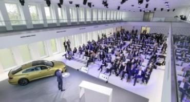 Volkswagen, precede a gonfie vele il riassetto della Casa