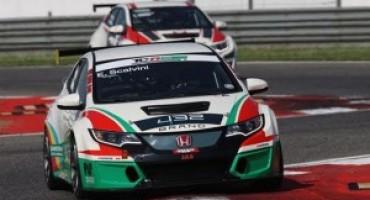 TCR Italy – Adria – Gara 2: secondo sigillo di Eric Scalvini (Honda Civic) che precede J. Giacon e Nicola Baldan