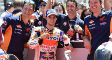 MotoGP – GP Catalogna: la pole a Dani Pedrosa, ma Lorenzo c'è. Petrucci in prima fila