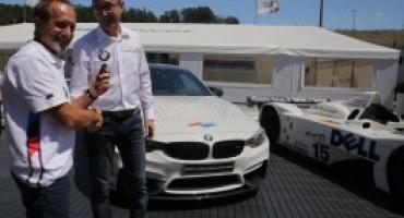 BMW Italia consegna a Pier Luigi Martini una M4 davvero speciale