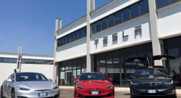 Tesla apre a Milano e Padova i primi due Centri Assistenza