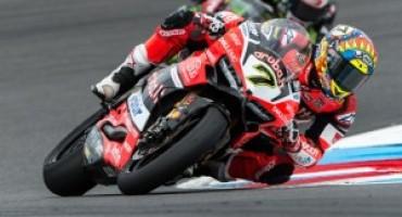 Superbike, Davies trionfa in Gara 1 all'EuroSpeedway Lausitz