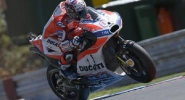 MotoGP, Dovizioso vince a Silverstone davanti a Vinales e Rossi e va in testa al mondiale
