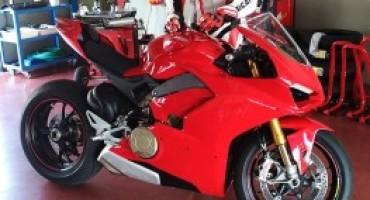 Ducati V4, compare una foto