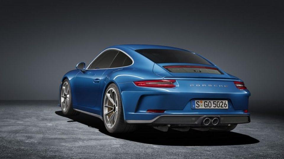 Porsche-911-GT3-Touring1.jpg