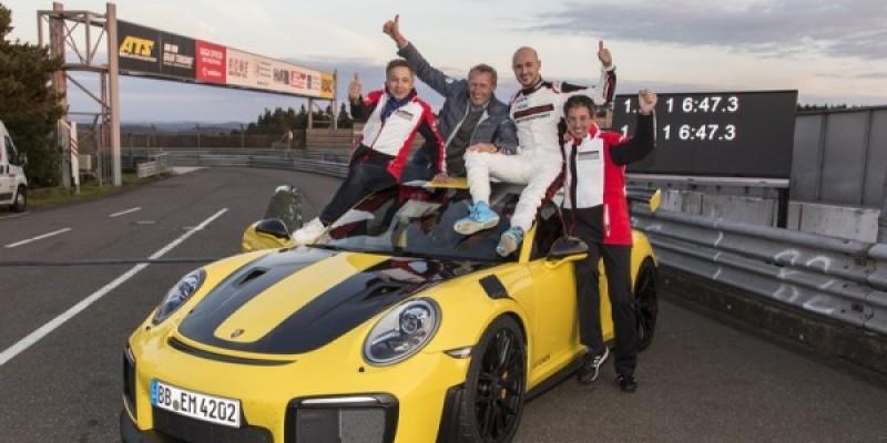 Porsche-GT2RS1.jpg