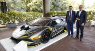 Automobili Lamborghini incontra gli studenti dell'Università di Ingegneria di Bologna