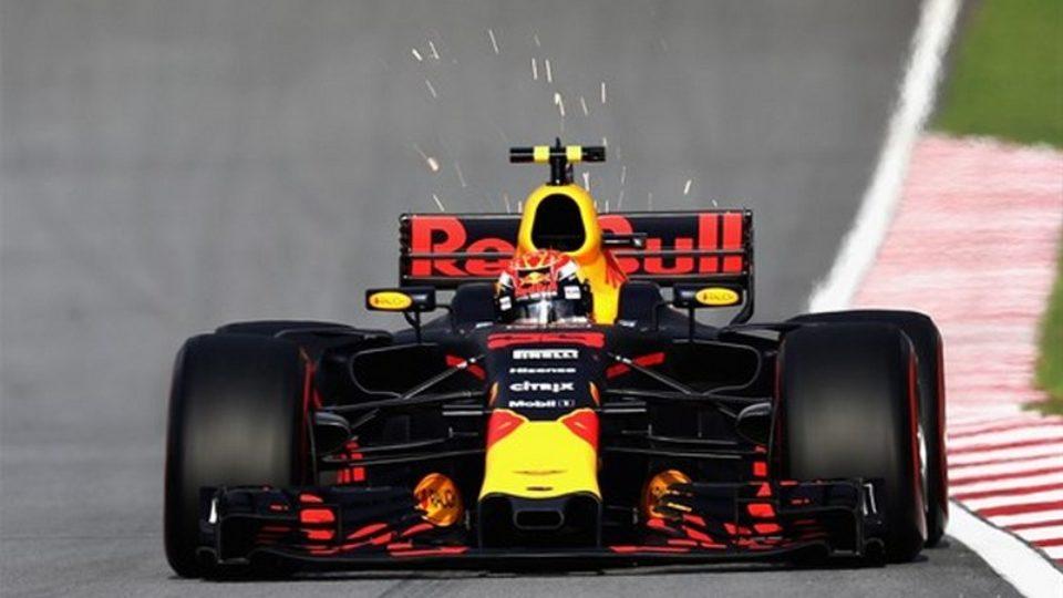 GP-Malesia-2017-Max-Verstappen.jpg