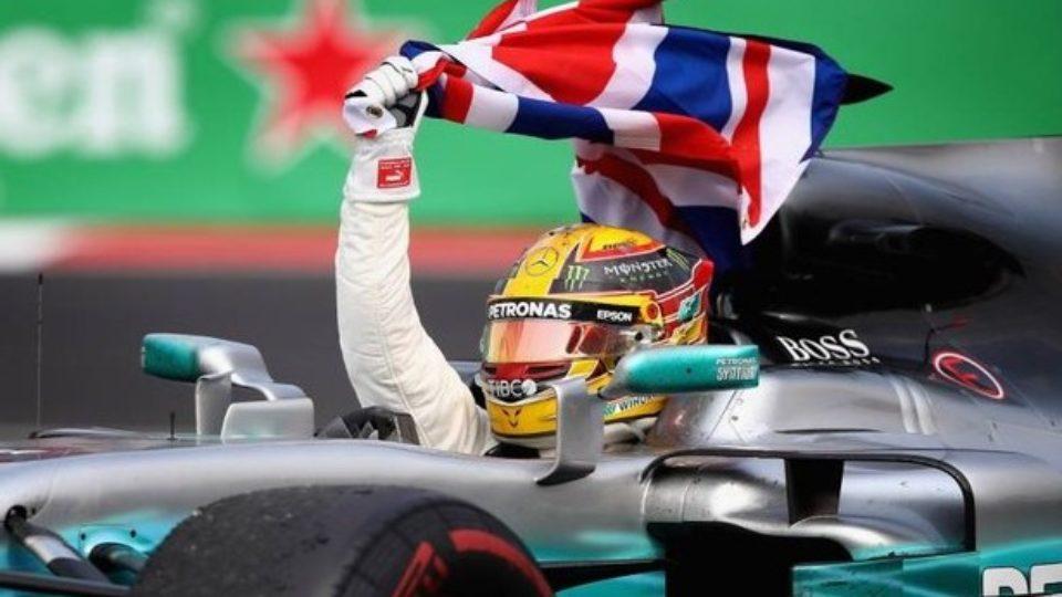 Lewis-Hamilton-Campione-del-Mondo-2017.jpg