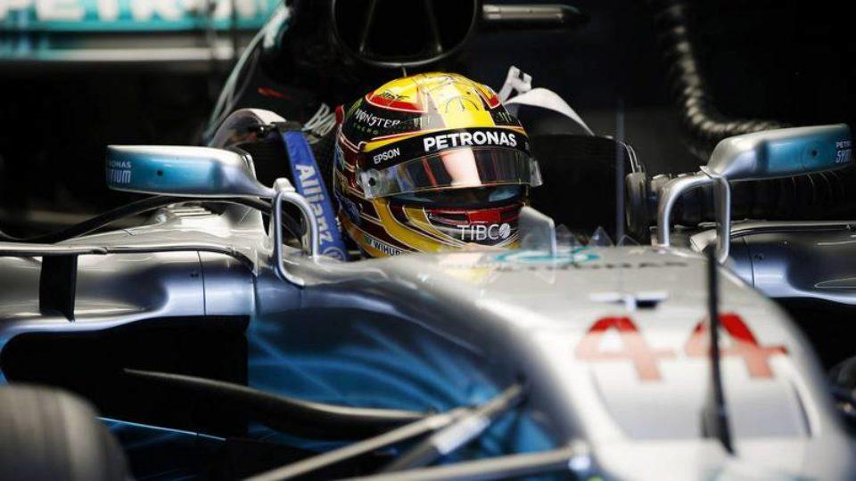 Lewis-Hamilton-Sepang-2017.jpg