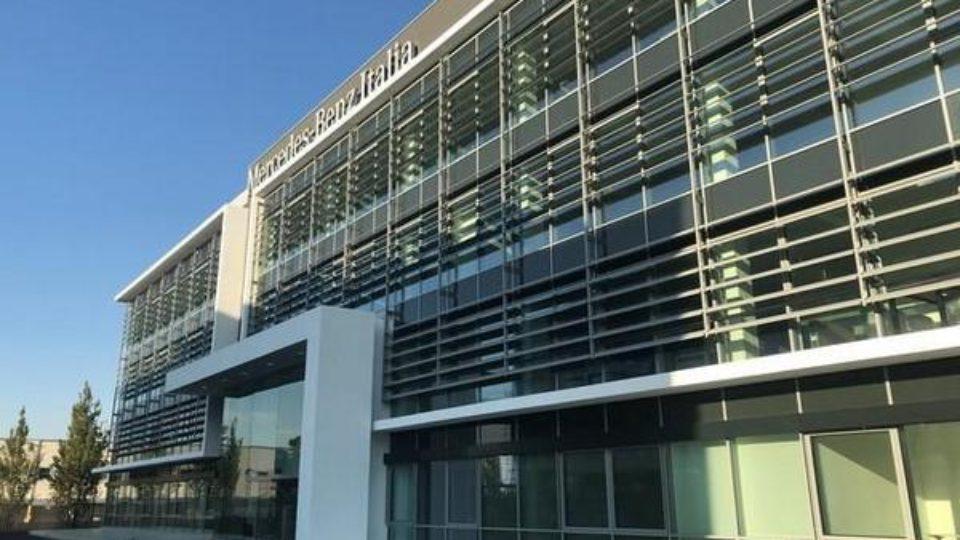 Mercedes-Benz-il-quartier-generale-a-Roma-da-oltre-40-anni.jpg