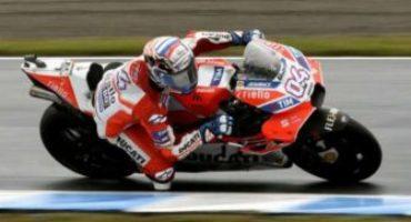 MotoGP, un immenso Dovizioso piega Marquez a Motegi. Sul podio anche Petrucci