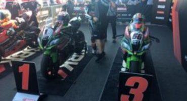 Mondiale Superbike, Rea vince Gara 1 davanti a Davies e Sykes. Sfortuna per Melandri