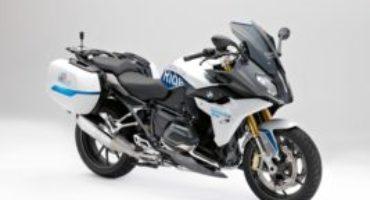 BMW R 1200 RS ConnectedRide, la casa di Monaco presenta i sistemi di sicurezza del futuro