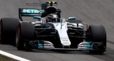 Formula 1 – GP Brasile, Bottas in pole davanti a Vettel e Raikkonen. Hamilton fuori dalle qualifiche per incidente