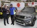 Suzuki consegna ad Andrea Iannone una Vitara XT