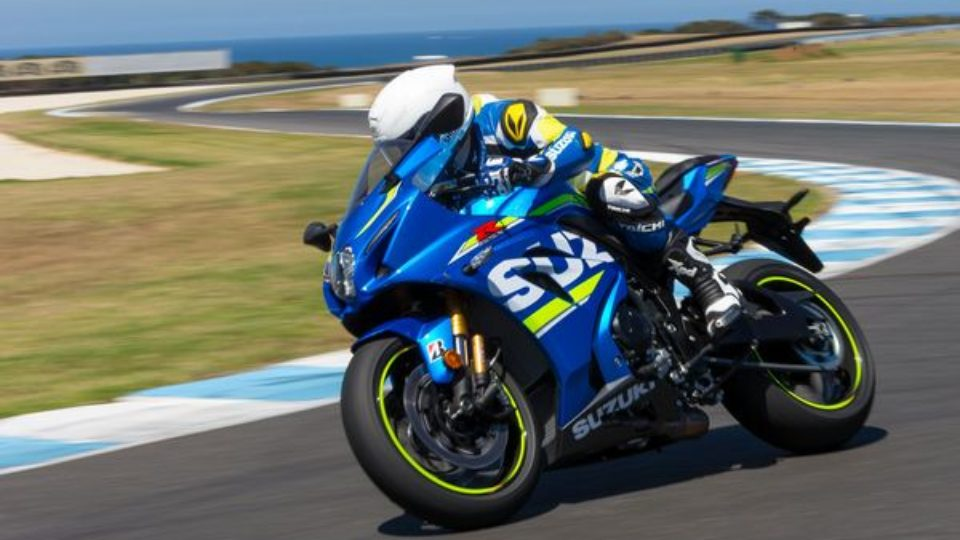 suzuki-gsx-r1000r-world-launch-phillip-island-35-.jpg
