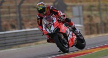 WSBK, Davies torna in cattedra e si aggiudica Gara 2 ad Aragon