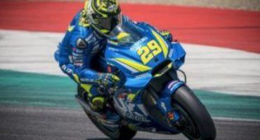 MotoGP, Iannone chiude in testa le libere del Mugello. Paura per Pirro