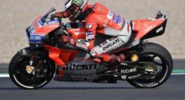 MotoGP, Lorenzo in pole a Silverstone