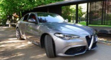 Alfa Romeo 2.0 Turbo benzina Super AT8 Q2, sterzo e tenuta di strada da riferimento