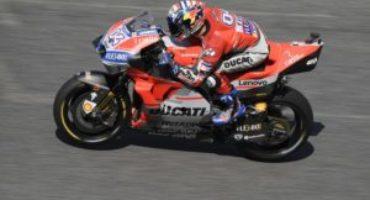 MotoGP, Dovizioso chiude al comando le libere a Buriram