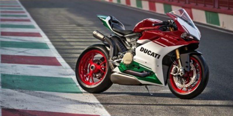 Ducati-1299-Panigale-R-Final-Edition-55-.jpg