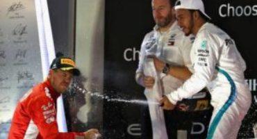 Formula 1 – Yas Marina, Hamilton vince il GP Abu Dhabi davanti a Vettel e Verstappen