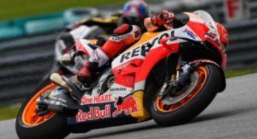 MotoGP, Marquez in pole a Sepang. Nuovi orari per le gare di domani