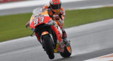 MotoGP, Marquez chiude al comando le libere a Valencia