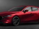 Mazda, sulla compatta Mazda3 arriva il primo ibrido a benzina