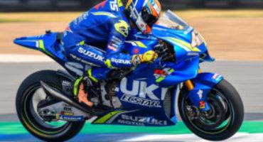 MotoGP, Rins vince ad Austin davanti a Rossi e Miller ritirato Marquez