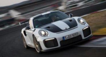 Porsche 911, esce dalle linee di produzione l'ultima 911 della serie 991