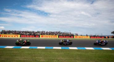 WSBK, in Australia le prime due gare ai piloti Kawasaki, Rea e Lowes. Locatelli vince la WorldSSP