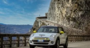 Nuova MINI Full Electric, al via le prenotazioni online per il mercato italiano