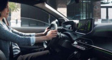 PEUGEOT i-Cockpit®, aggiunge il 3D nelle nuove Peugeot 208 e SUV 2008