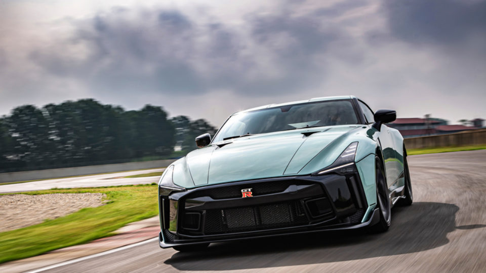GT-R50by-Italdesign_6-source.jpg