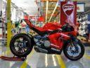 Ducati, avviata la produzione della Superleggera V4. Solo 500 esemplari, numerati