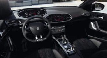 Peugeot 308 MY 2020, la plancia si dota del PEUGEOT i-Cockpit® 100% digitale