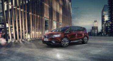 Renault rinnova l'Espace. Comfort e tecnologia i must della quinta generazione