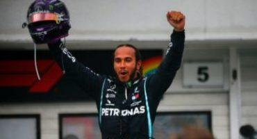 Formula 1, GP Ungheria, Lewis Hamilton vince all'Hungaroring e sale in vetta al Mondiale